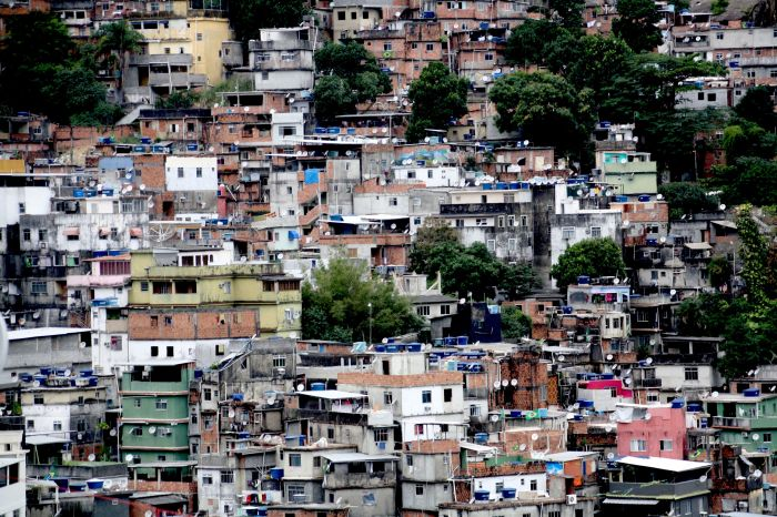 Rocinha: Ein Labyrinth aus Gassen (Foto: BuzzingCities Lab)