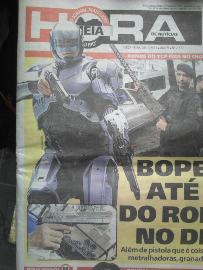 Morro do Dendê: Waffen wie Robocop (Foto: BuzzingCities)