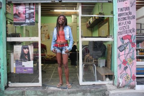 Salão Complexo do Alemão (Foto: copyright Buzzingcities)