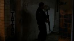 Polizei nachts in den Gassen der Rocinha (Credits: BuzzingCities)