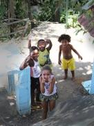 Kinder im Morro dos Macacos (Foto:BuzzingCities)