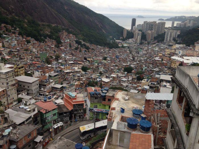 Rocinha – Rios größte Favela (Foto: BuzzingCities)
